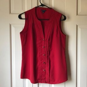 Banana Republic red top, size Small